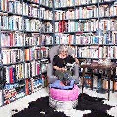 Book_home